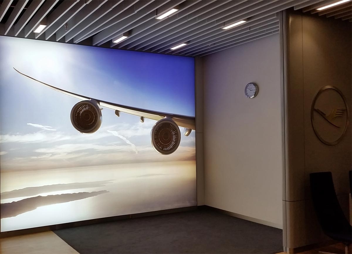 Lufthansa fabric lightboxes